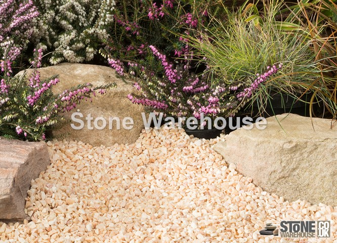 Onyx Chippings 3-8mm