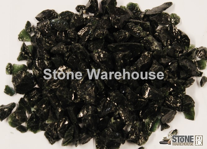 Black Glass Chippings 12-18mm