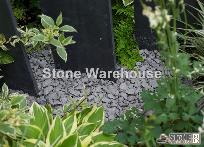 Blue Slate Chippings 20mm