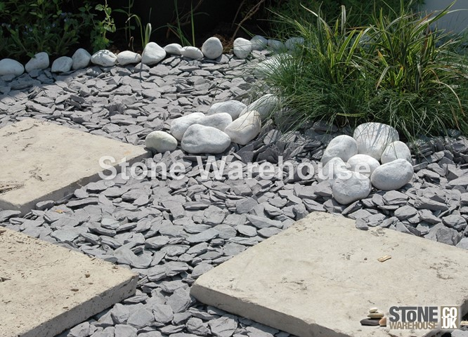Blue Slate Chippings 40mm