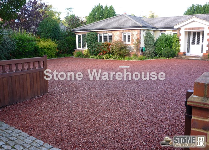 Red Granite Chippings 20mm